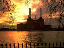 battersea power station england