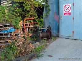 boatyard rubbish and no smoking