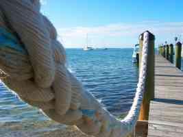 pier water rope