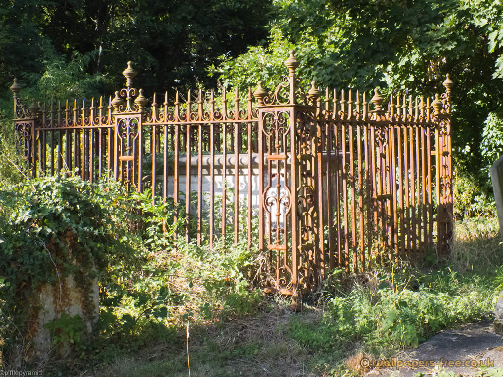 wallpaper iron fence - photo #44