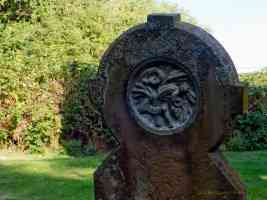 round headed gravestone