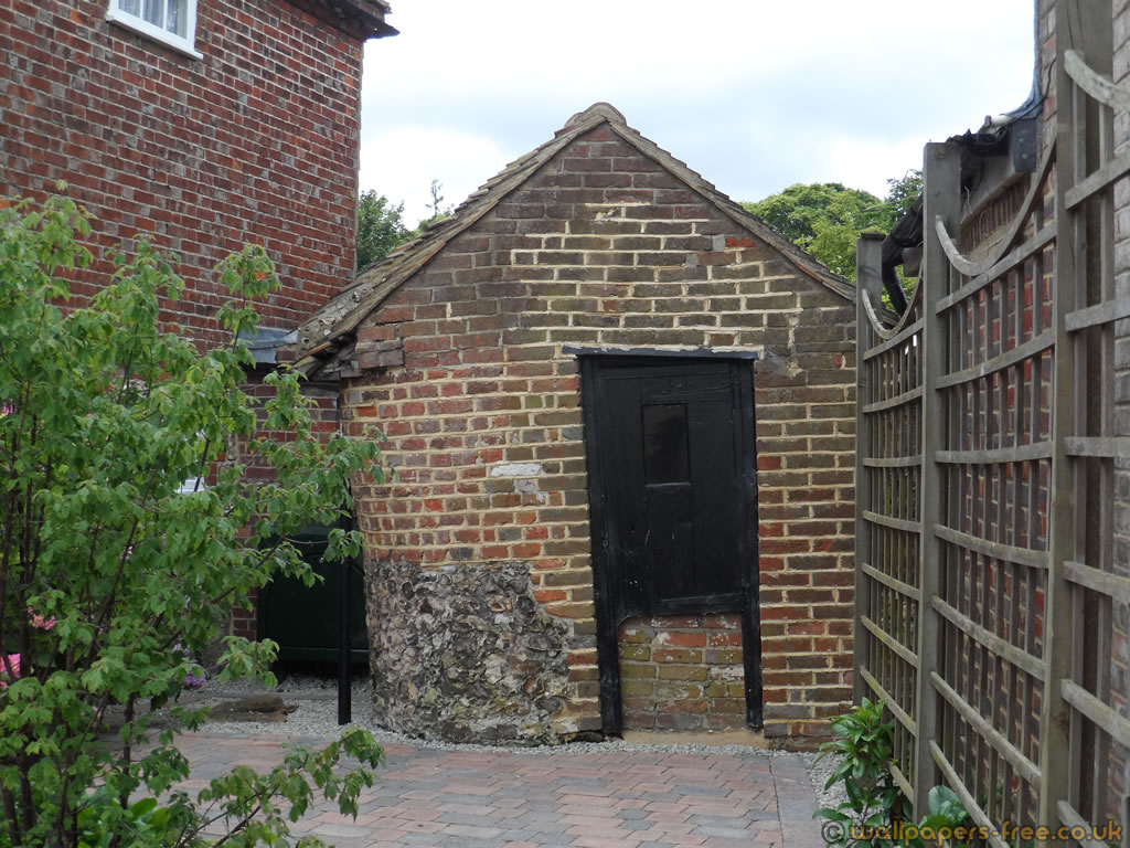 Great how much would it cost to build a brick shed haddi for Brick house cost to build