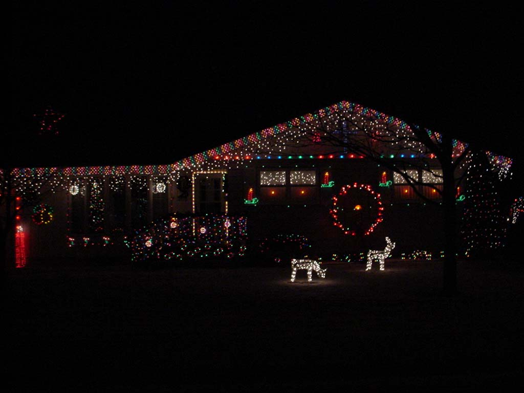 House With Xmas Lights 4