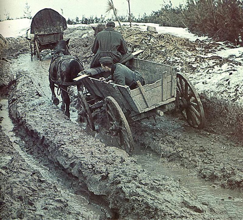 http://ayay.co.uk/backgrounds/historical/german_world_war_2_colour/Through-the-endless-mud-in-Russia.jpg