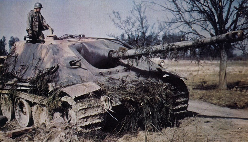 US Troops Inspect Captured Hunting Panther Tank 1945