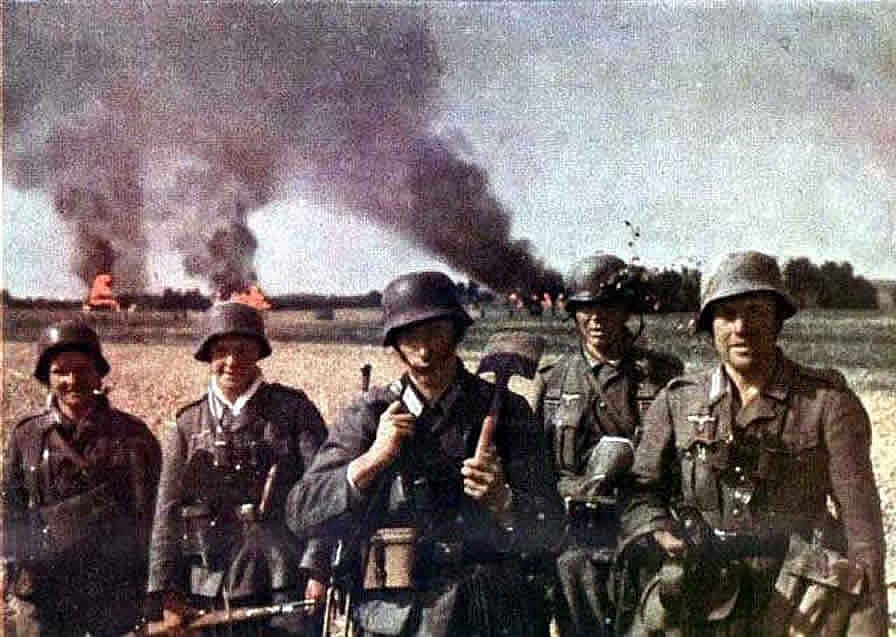 Army Group Picture After A Victorious Battle