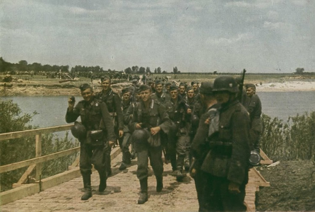 Army Soldiers On The March Through Russia German World War