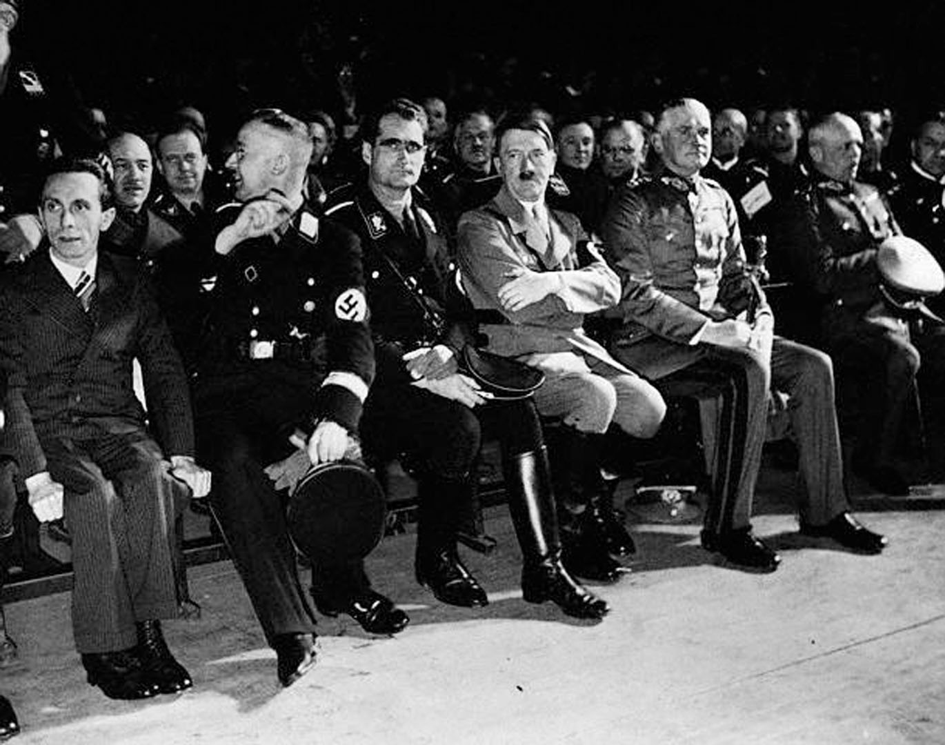 Hitler And The Gang Waiting To Start