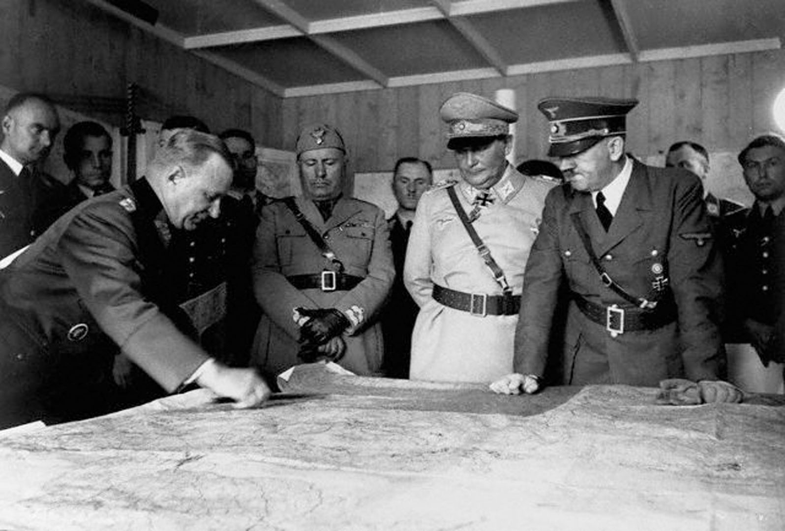 Hitler Goering And Mussolino Looking At Map