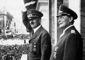 hitler and goring acknowledging the crowd