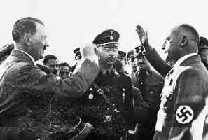 hitler being friendly while himmler sulks