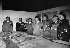 hitler examining plans with his cohorts