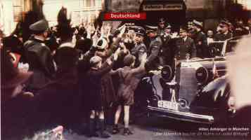 hitler greeting crowds in munich