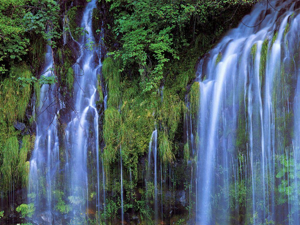California Upper Sacramento River Marymear Falls