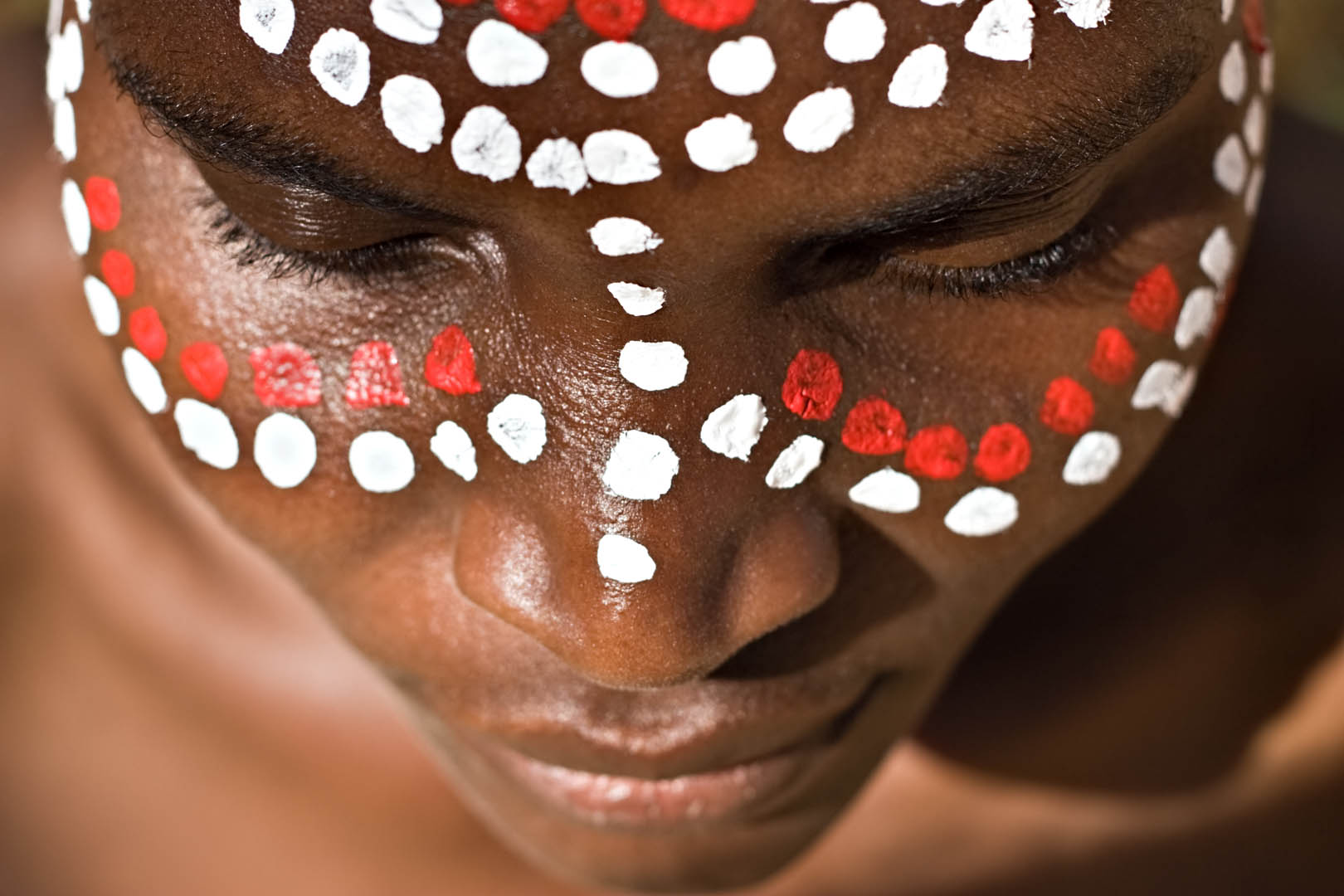 Spots Around Eyes Face Paint