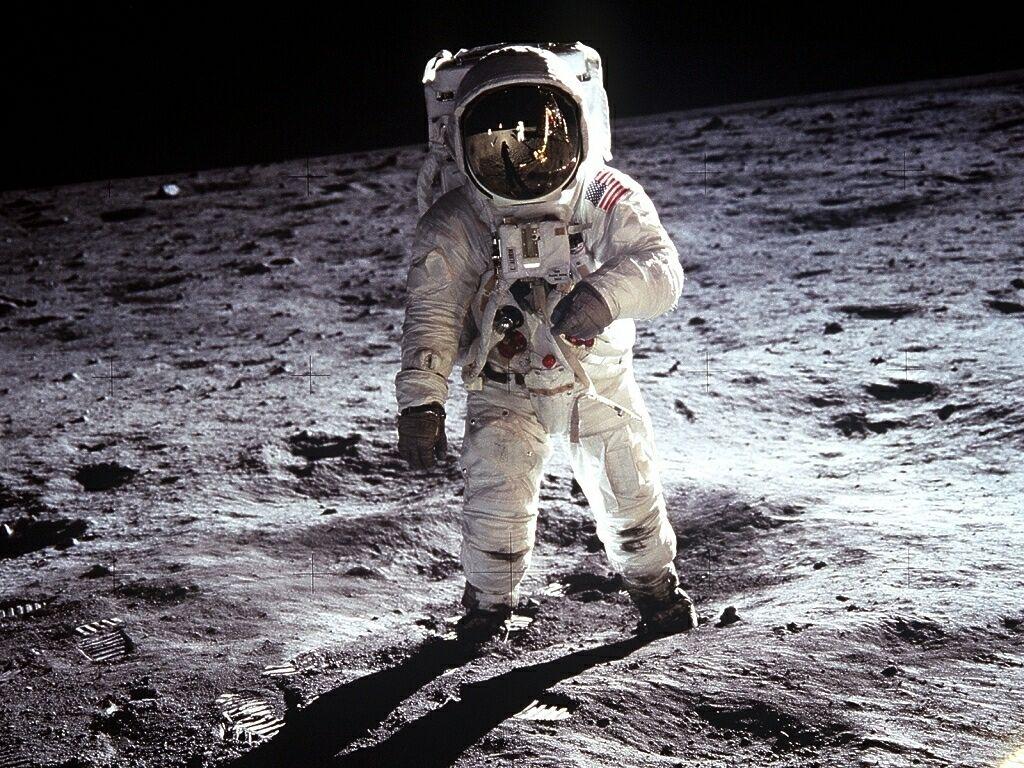 Apollo 11 Extravehicular Activity 2 1024