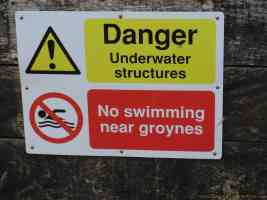 no swimming near groynes