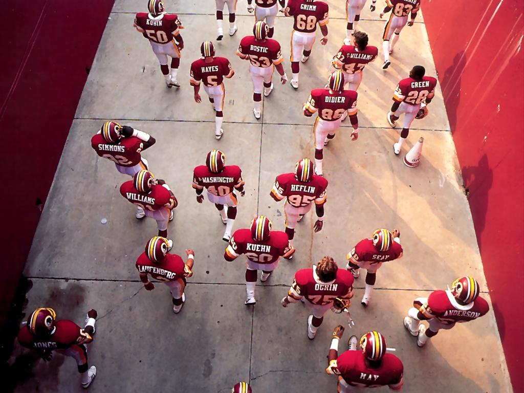 S4w NFL BestShots 056 MarchingIntoBattle