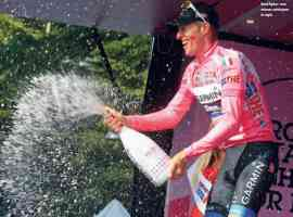 ryder hesjedal celebrating giro italia win