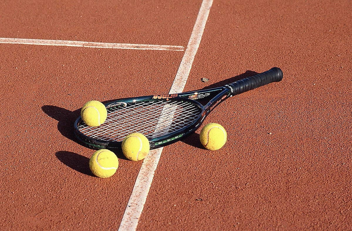 Tennis Racket Balls · next tennis wallpaper