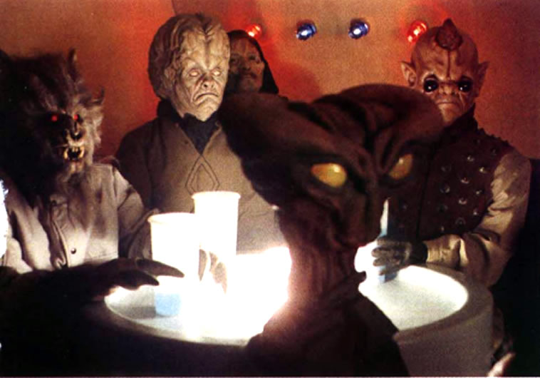 Hem dazon at mos eisley cantina star wars locations for The menu moss eisley canape