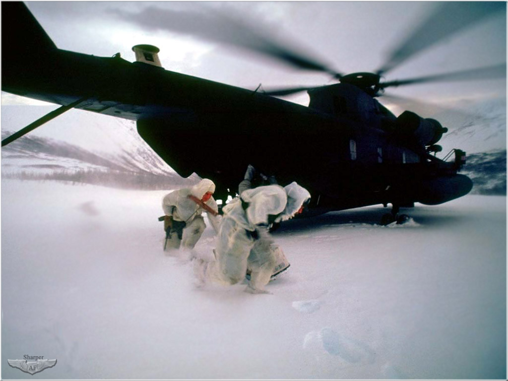 Military NAVY SEALs 04 Egress From A MH 53J