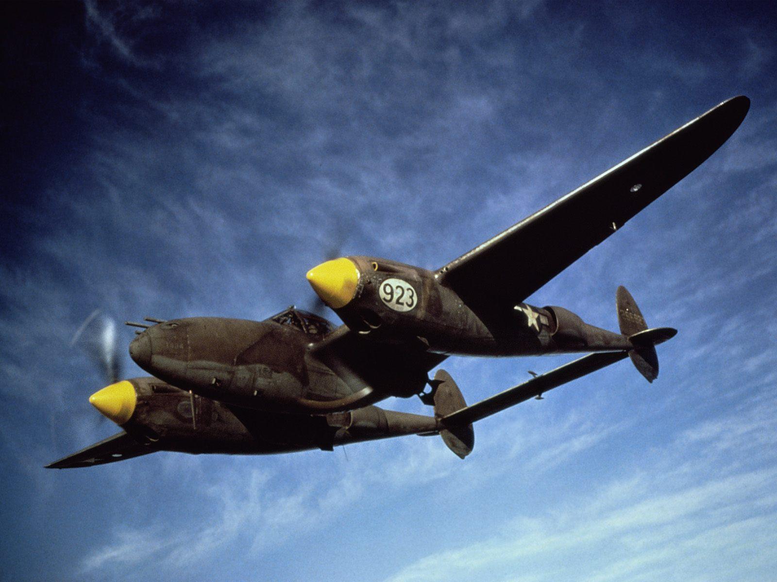 P 38 Lightning Wallpaper P 38 Lightning - Aircr...
