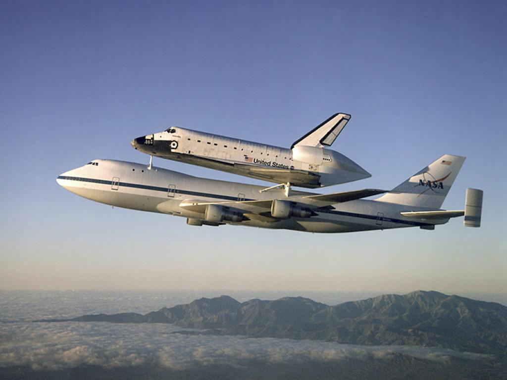 Piggyback Space Shuttle Atlantis And Boeing 747