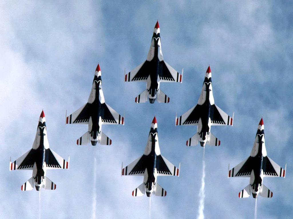 USAF Fighters Thunderbirds F16 In Formation