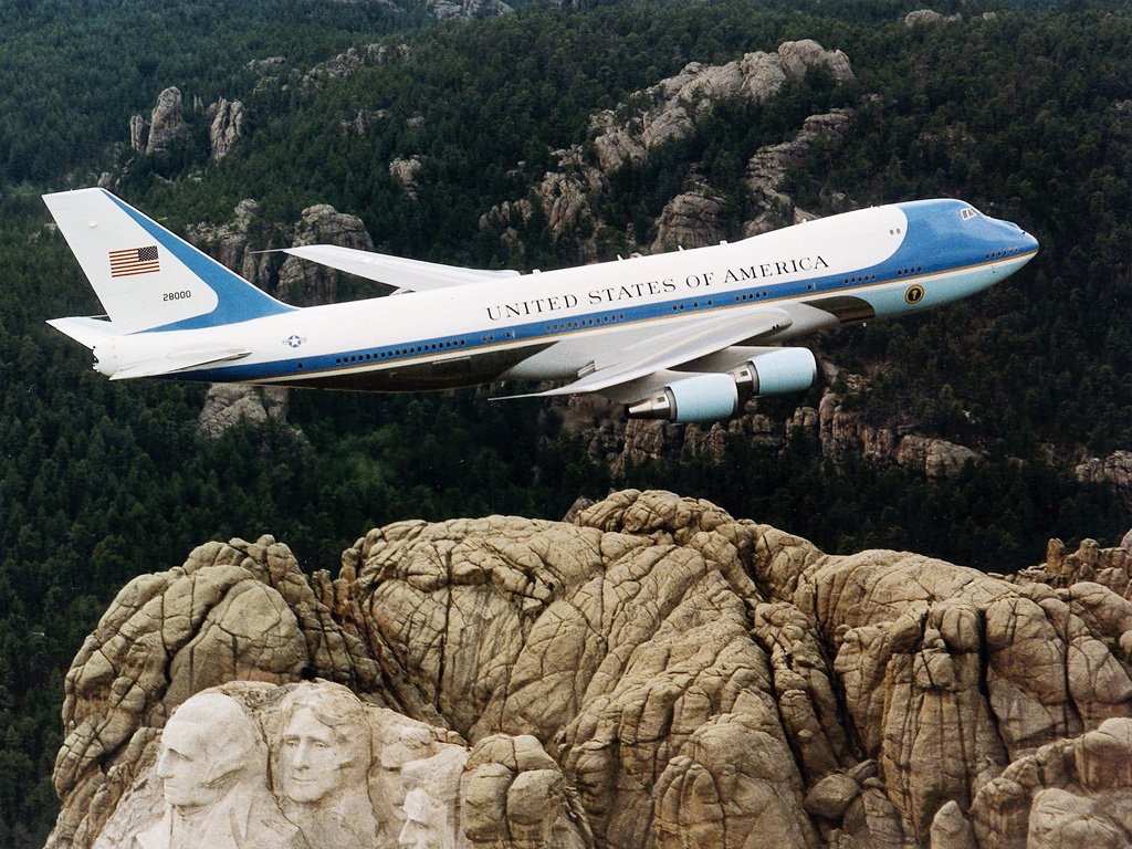 Boeing Over Mount Rushmore