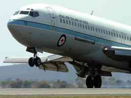 Royal New Zealand Air Force 1 727
