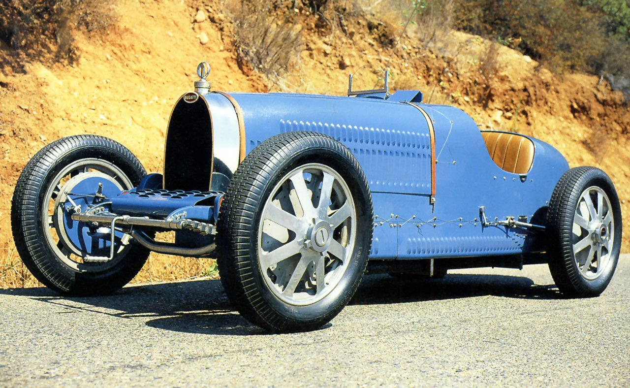 1930 Bugatti Type 37 GP 1500cc Blue Low Fvl