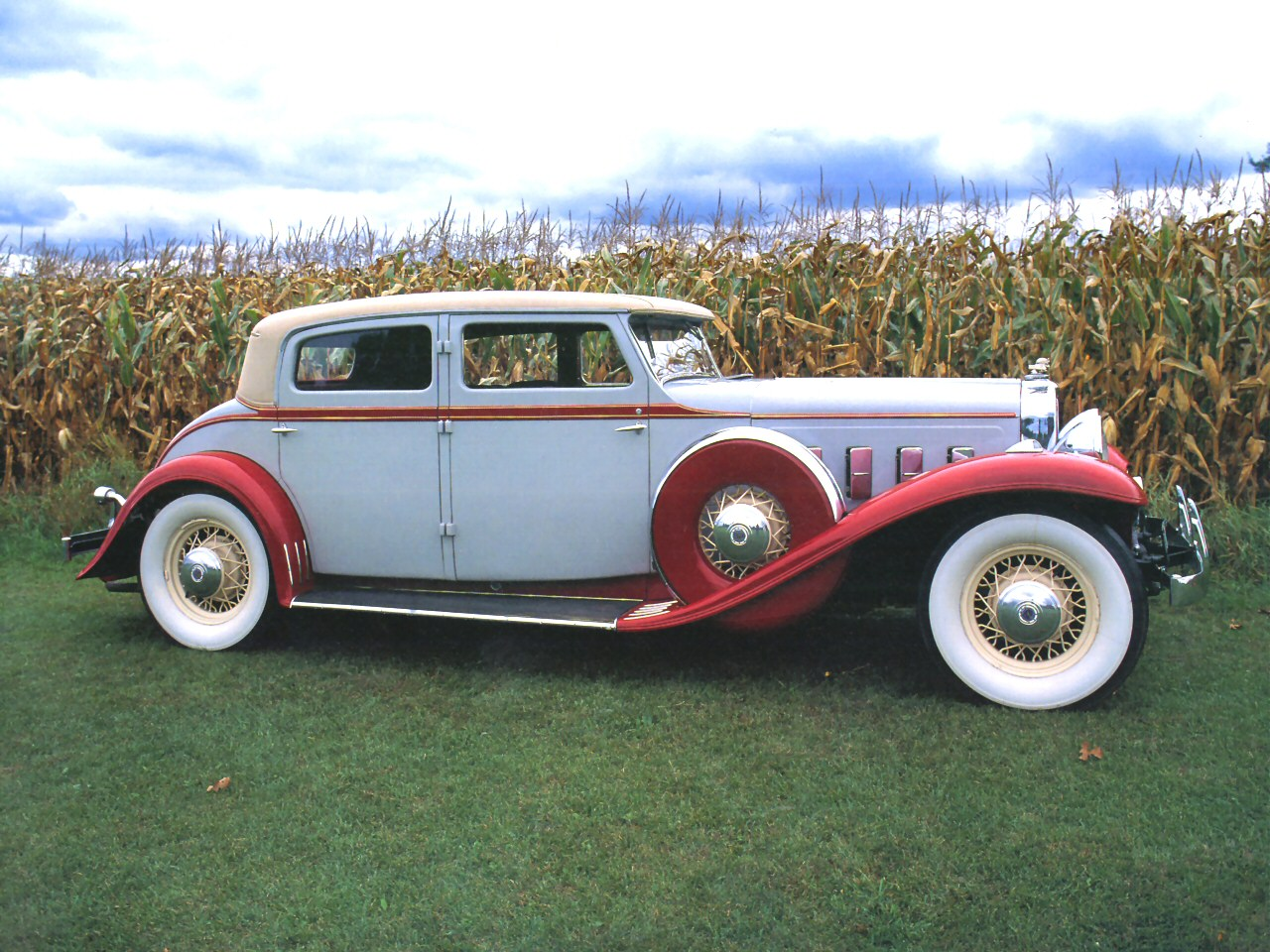 1930 Stutz Monte Marlo 4 Door Sedan Light Blue Red Svr