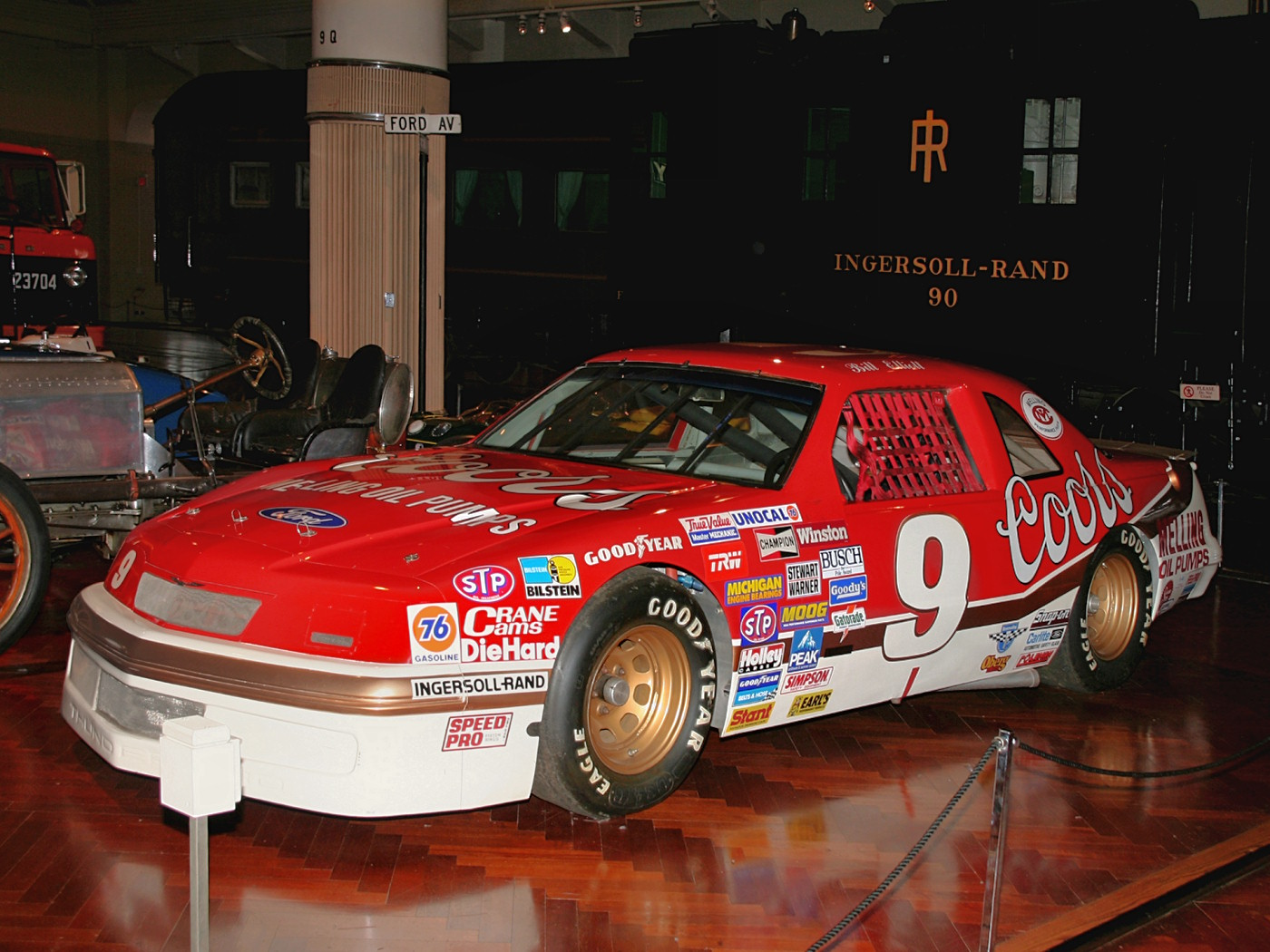 1987 Ford Thunderbird NASCAR Race Car Qualified By Bill Elliott At 212 8 MPH Fvl H Ford Museum CS
