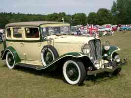 1931 Auburn 8 98 4 door Sedan front
