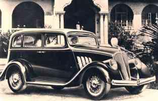 1933 Willys Overland Model 77 4 Door Sedan Sepia fvl