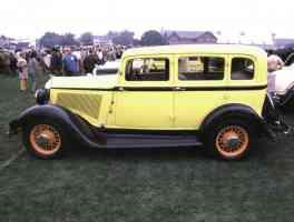 1934 Unknown 4 Door Sedan Yellow Black sv 35mm Hershey PA 1970