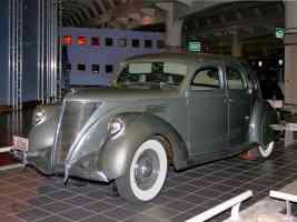 1936 Lincoln Zephyr 4 Door Sedan Olive Gray fvl H Ford Museum CL