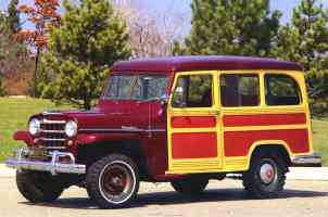 1955 Willys Jeep Utility Wagon with Cladding Maroon fvl