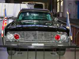 1961 Lincoln Presidential Bubble Top Parade Limousine Kennedy Assasinated Nov 1963 fv H Ford Museum CL