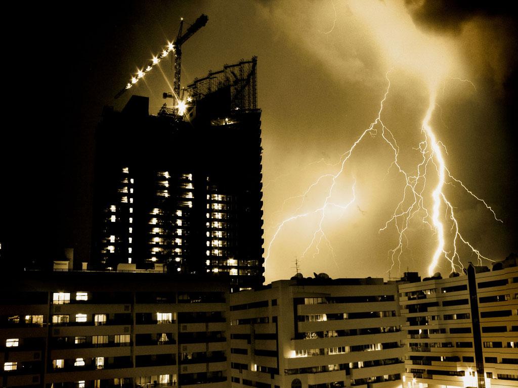Urban Forked Lightning